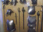 Arsenał Miejski - zbroja rycerska w Muzeum Militariów