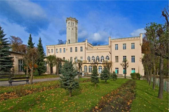 Pałac w Mysłakowicach - 20 km od Barcinka