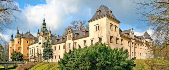 Zamek Kliczków- 23 km od Barcinka