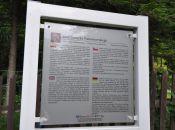 Dom Henryka Tomaszewskiego - tablica informacyjna