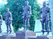 rzeźby Ludzie z żelaza